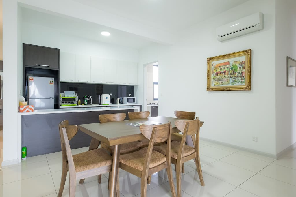 Open Dining & Kitchen