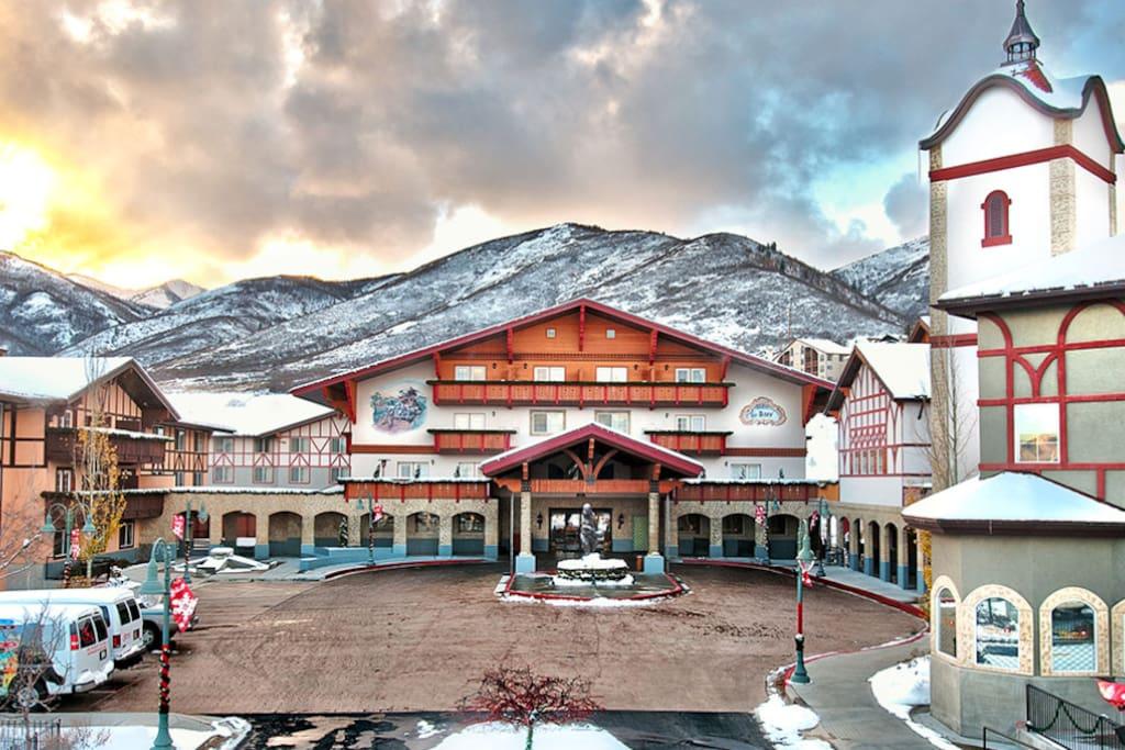 Zermatt condo appartements en r sidence louer midway for Piscine zermatt