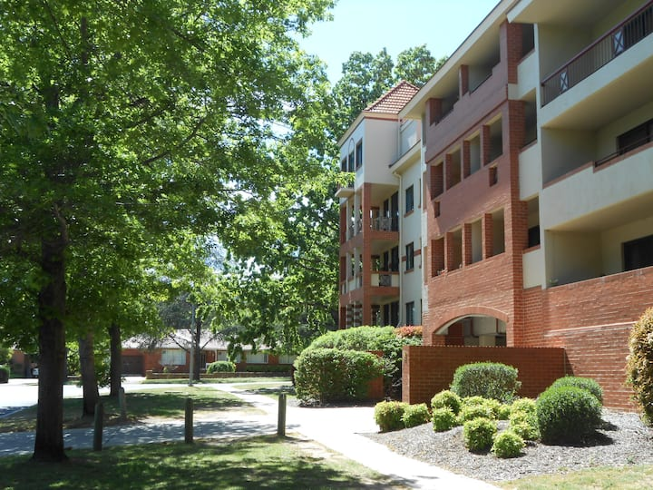 Apartment next Canberra City Centre