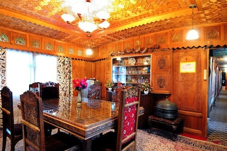 Royal Family Room !! - Srinagar - Penzion (B&B)