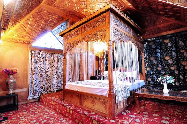 Royal Highness Suite! - Srinagar - Penzion (B&B)