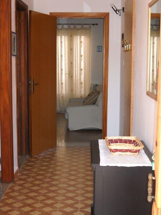 Grazioso e comodo appartamento tortol case in affitto a for Case kit 1 camera da letto