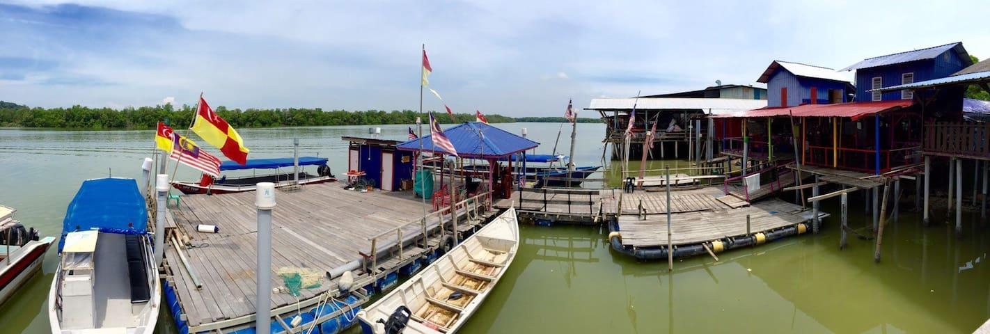 RiverView Inn 瓜雪海邊渡假屋 - Kuala Selangor - Hus