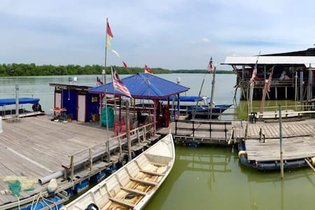 RiverView Inn 瓜雪海邊渡假屋 - Kuala Selangor