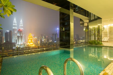 One bedroom apartment, overlooking KLCC Skyline. Accommodates 3 pax comfortably. It is tastefully designed with modern elegant concept. Plus, the building offers wide range of wonderful recreational facilities that are measurable to hotel standard.