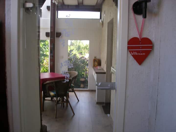 Appartement mit Wintergarten (Hund auf Anfrage)