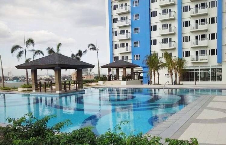 Studio flat in Welcome Rotonda - Quezon City - Apartamento