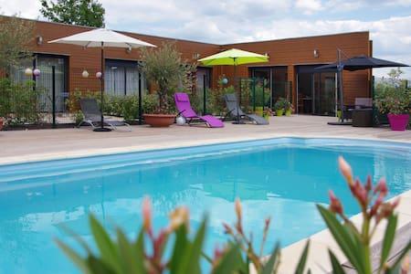 Chambre privée proche Chambord 02 - Mer - Bed & Breakfast