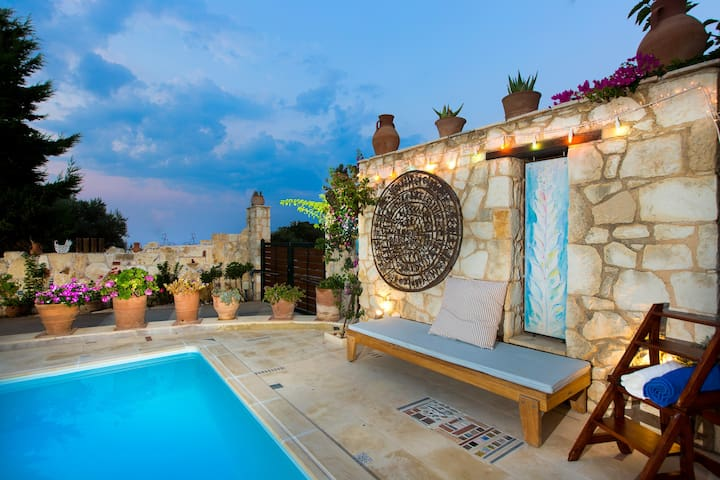 Villa Ammos near Rethymno center & the beach