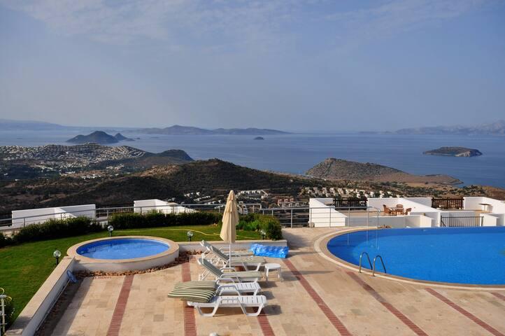 VIP Seaview & Private Garden - Gümüşlük Belediyesi - Apartment
