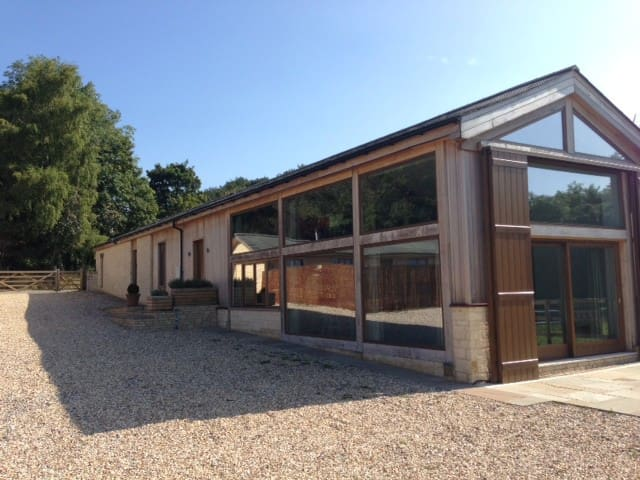 Luxurious barn-conversion near Bath - Corsham - Ház