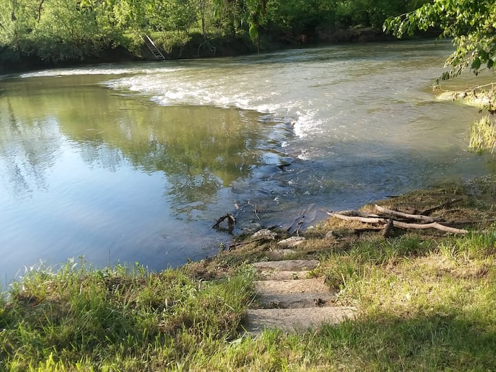 Waterfront Oasis on the Opequon Creek