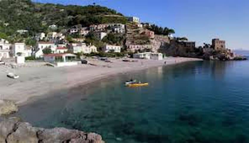 Casa sulla spiaggia Amalfi Coast - Erchie  - House