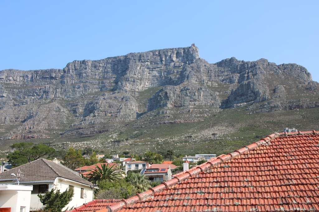 The view featuring full spread of Table Mountain from the upstairs deck is sublime.