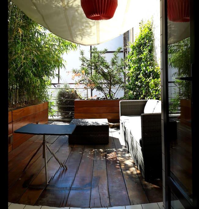Bastille loft and terrasse design lofts for rent in for Restaurant bastille terrasse