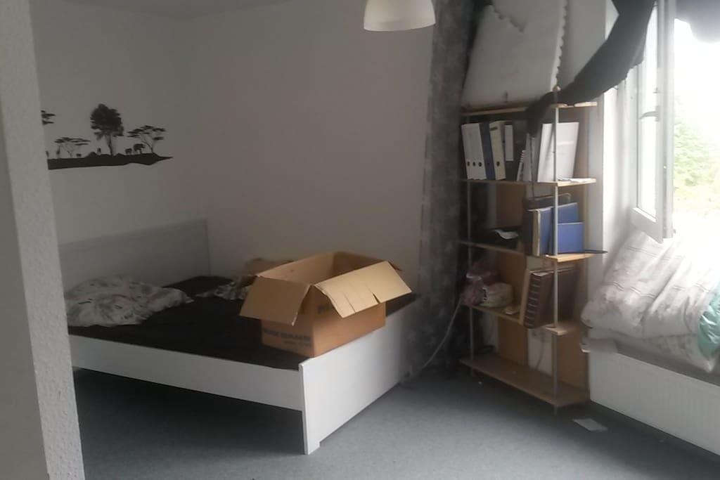 habe ein zimmer wohnung frei wohnungen zur miete in kassel hessen deutschland. Black Bedroom Furniture Sets. Home Design Ideas