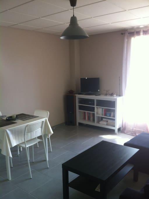 Location t2 40 m2 centre ville apartments for rent in for Location t2 bordeaux centre ville