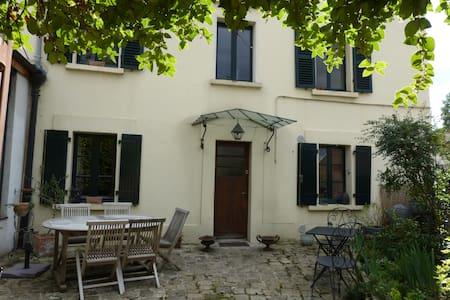 Maison de charme - Bougival