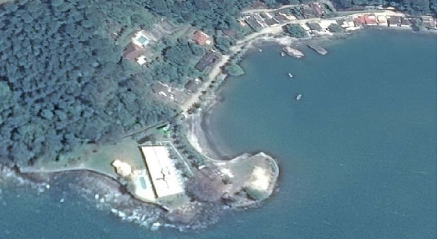 Foto aérea do Pontal do Guity