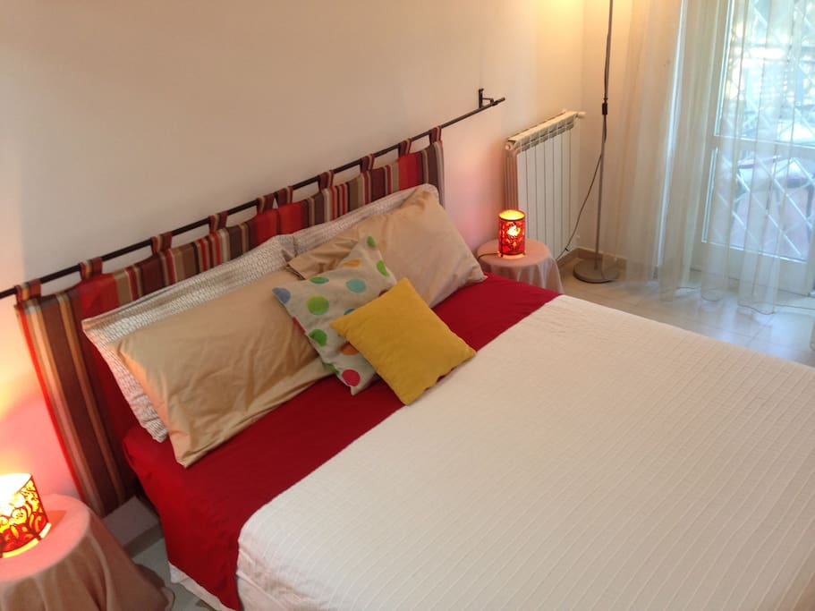Rome eur bed and breakfast girasole chambres d 39 h tes for Chambre hote design rome