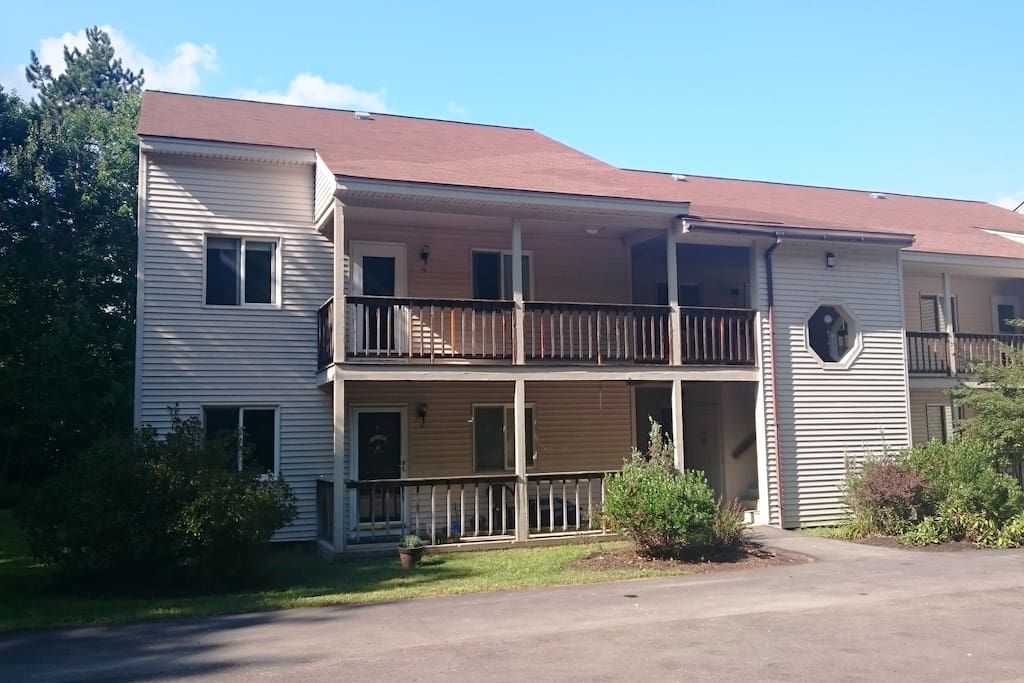 Front of the condo building - upper left unit - free WiFi throughout.