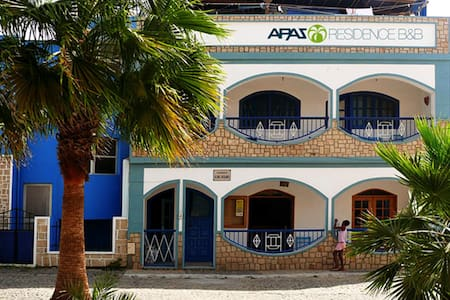 Residential A Paz B&B, Single Room. - Bed & Breakfast