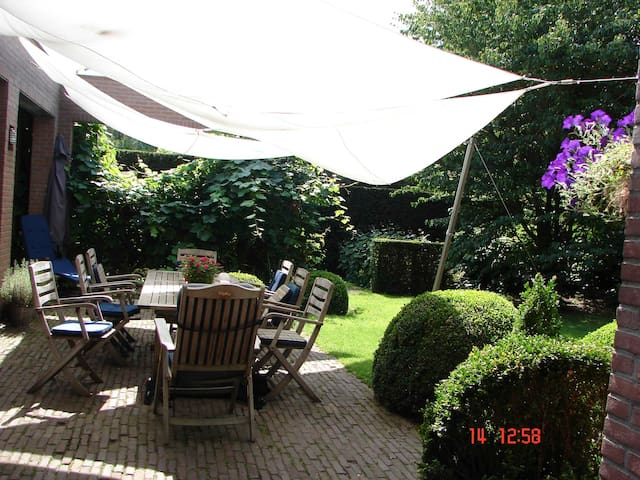 Spacious house with great atmosphere - Eersel - Hus