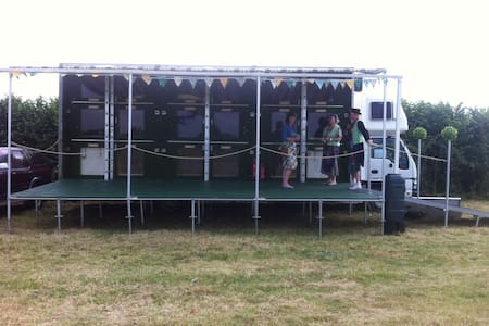 Exeter, Rugby Glamping, Sandy Park.