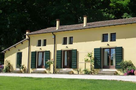 Calto della Scala B&B - Euganean Hills - Torreglia - Bed & Breakfast