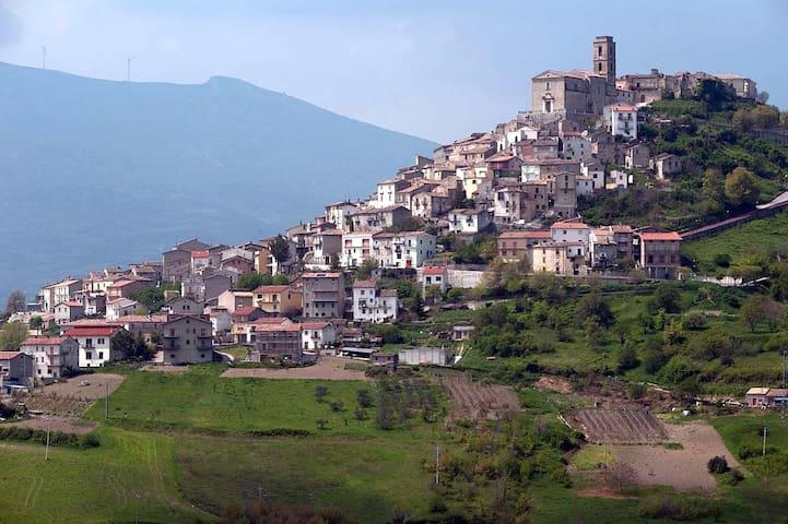 Casa rustica in bel borgo medievale - Carunchio - บ้าน