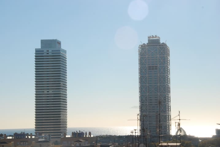 OLYMPIC PORT TOWERS/MARINA VILLAGE/SEA DAY VIEW