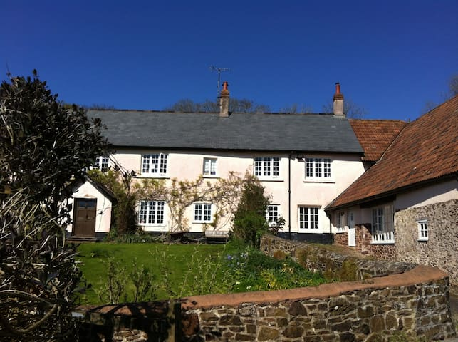 Farmhouse annexe 25 minutes north of Exeter - Cheriton Fitzpaine - Huis