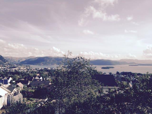 Amazing view PulpitRock/Kjerag - Jørpeland - Apartament