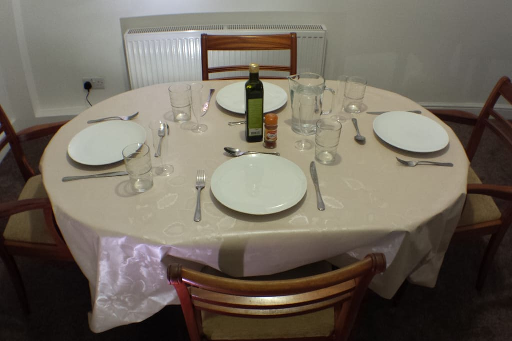 Dining room with table to take your food