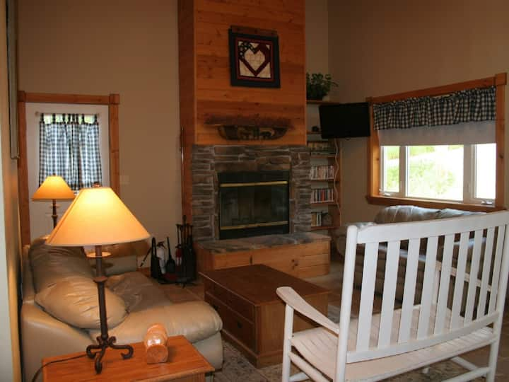 Vacation Cabin at Terry Peak