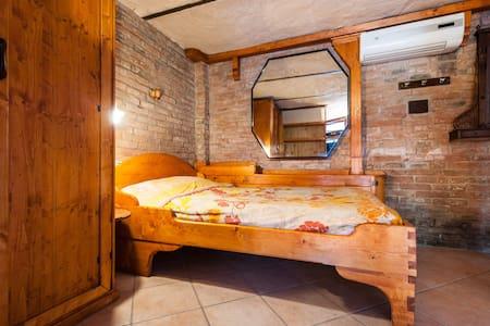 Accogliente appartamento rustico - Piza