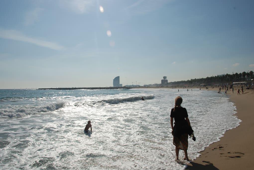 800m - BARCELONETA BEACH