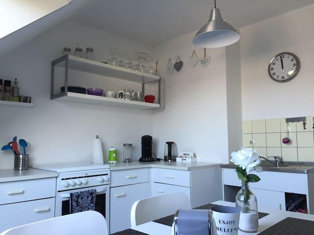 Nice bright apartment in Aachen - Aachen - Flat