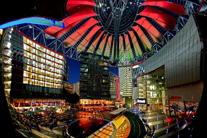 Skyview Apartment im Sony Center - Berlin