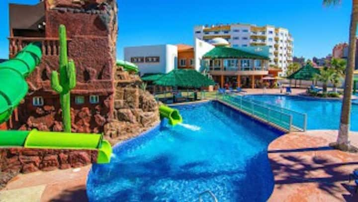 LasPalmas Resort Sandy Beach 2Bed/2Bath WaterSlide