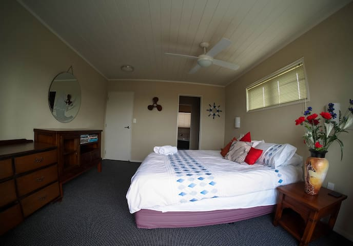 Luxury Bathrooms Tauranga top 20 otumoetai vacation rentals, vacation homes & condo rentals