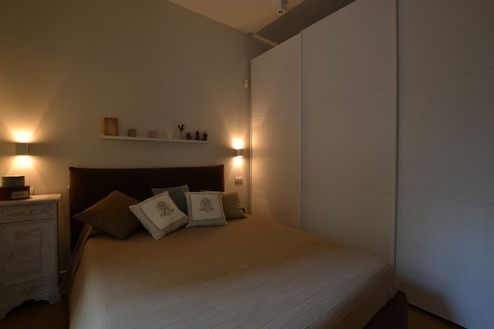 Nice Apartment 15 mins to Colosseum - Rom - Hus