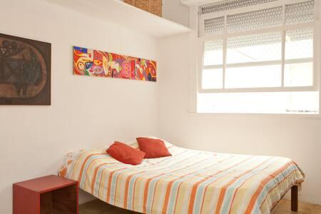 Suite em Ipanema, posto 9 - Rio de Janeiro - Apartment