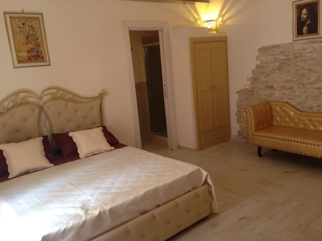 B&B La Grotta del Re, Suite Stella - Grottaglie - Bed & Breakfast