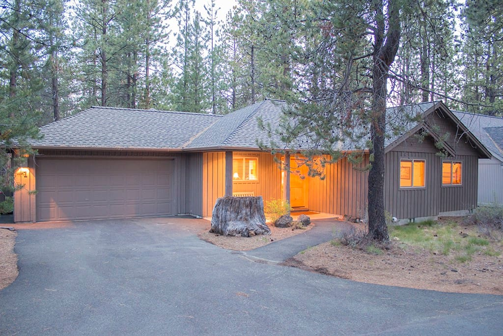 1 wolf lane houses for rent in sunriver oregon united states