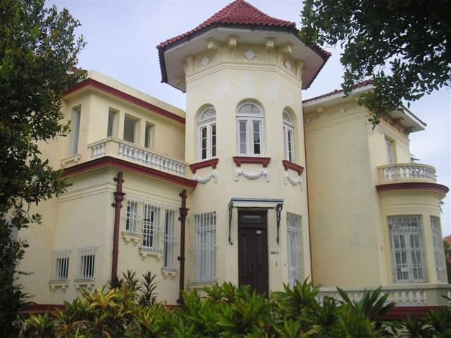 Stately house in Havana.