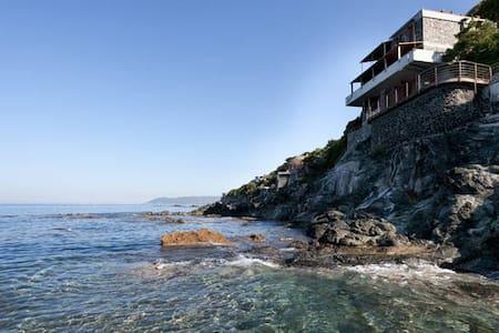 Villa by the sea in Castiglioncello-Buca dei Corvi - Castiglioncello