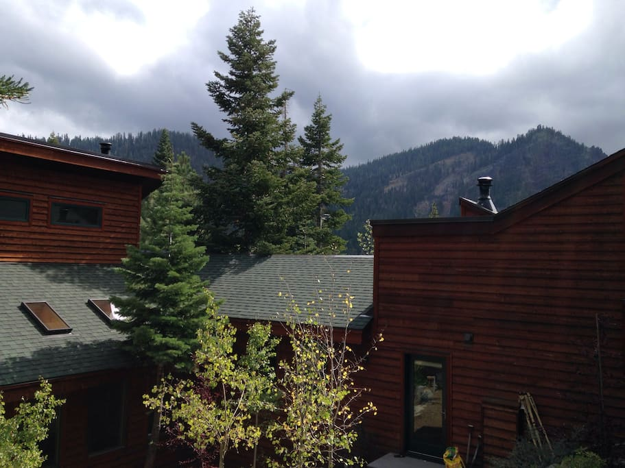 Back view of house. Looking towards Alpine Meadows
