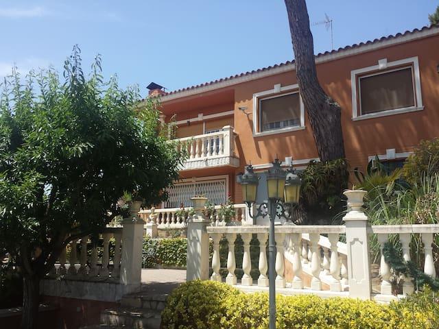 MAISON & VILLAGE SANT CEBRIÀ     HUTB 014438 - Sant Cebrià de Vallalta - House