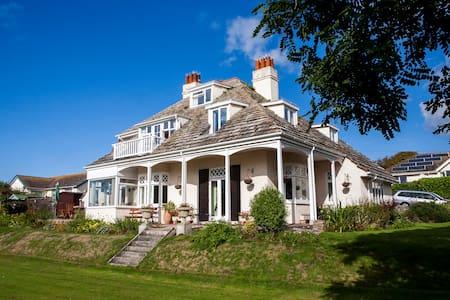 Jurassic Coast Villa by the seaside - Seaton